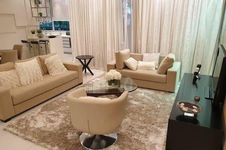 Luxury Modern Cozy home Villa with private garden