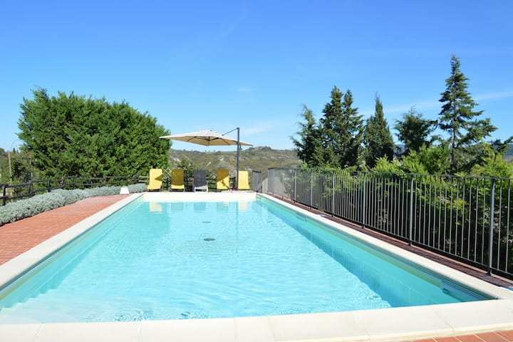 Villa with private pool, immersed in the gorgeous countryside of Asciano