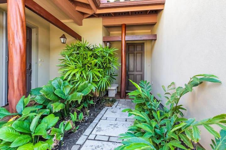 Mauna Lani Fairways #403 (1 bedroom)