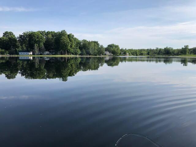 The Fin Inn: fish, play, relax  2BR 2BA Lake Cabin