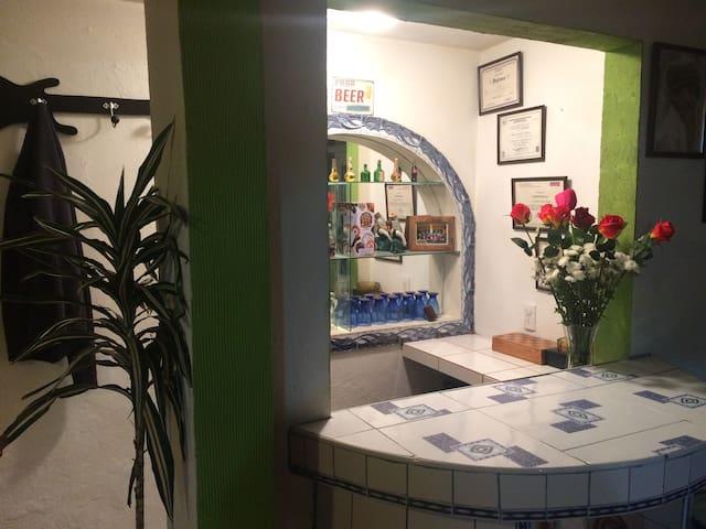 CASA ORDENADA Y MUY CONFORTABLE PARA HOSPEDARSE - Cuautitlán Izcalli - Casa