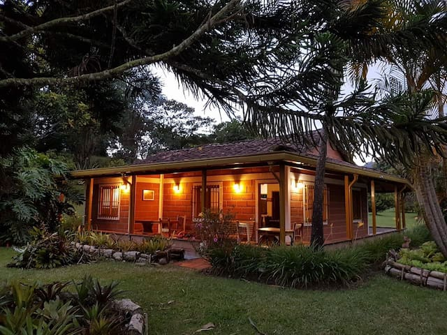 Hermosa Casa Campestre en Llanogrande, Rionegro