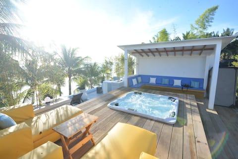 Mayumi Beach Villa