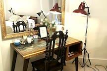 Bastion room desk