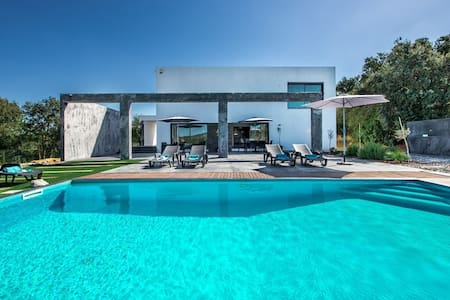 Design Villa Abaton, amazing view!