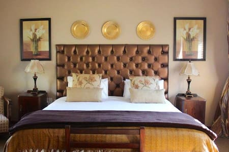 The Classic Room, The Guestroom, Middelburg, MP