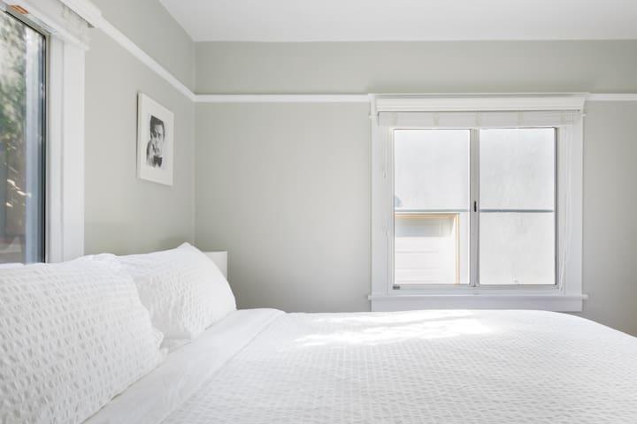 غرفة نوم 2