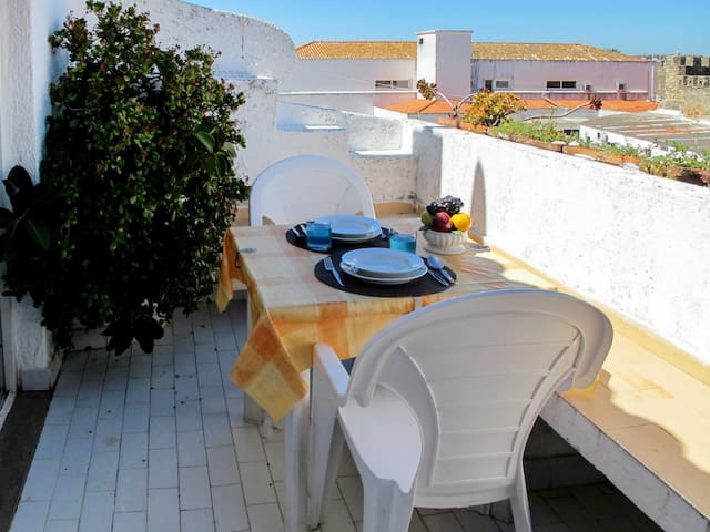 Holiday apartment in Lagos for 4 persons