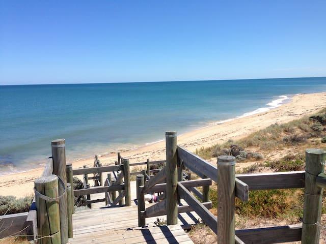 beachside break!!! - Halls Head