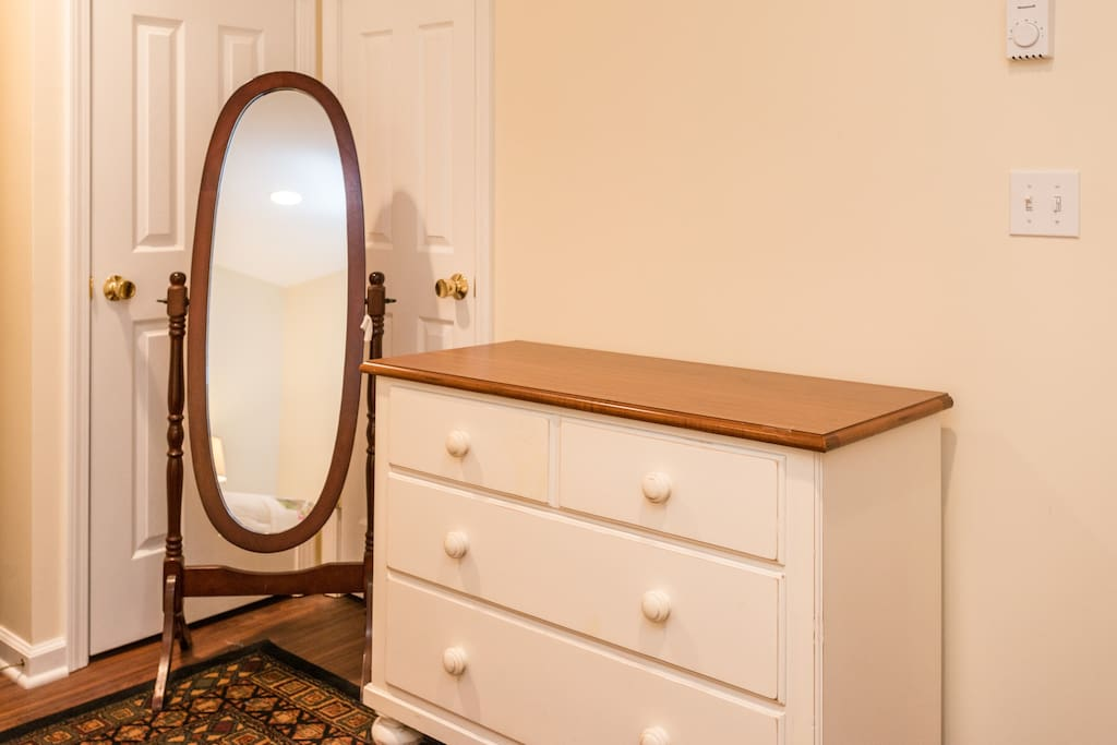 hopewell junction chat rooms Inn at arbor ridge: pleasant, new rooms are great - see 61 traveler reviews, 14 candid photos, and great deals for inn at arbor ridge at tripadvisor.