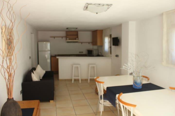 Luminoso apartamento en ambiente rural IBIZA