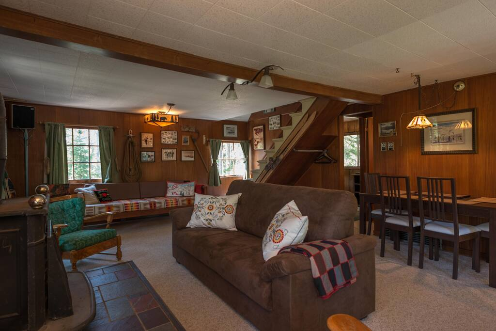 Barlow Cabin-Barlow Cabin Living Room