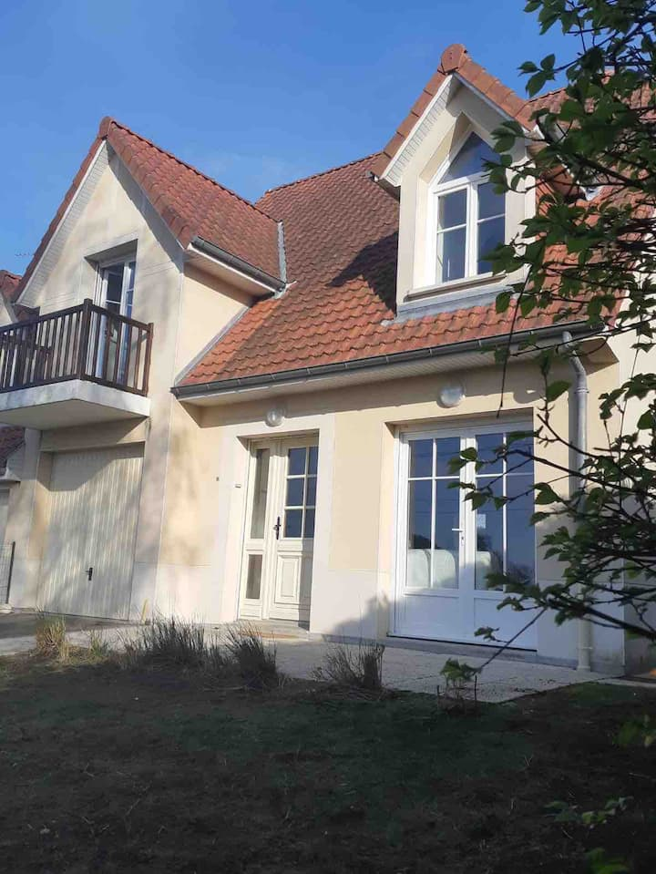 Entire house in a calm area of Stella/Le Touquet