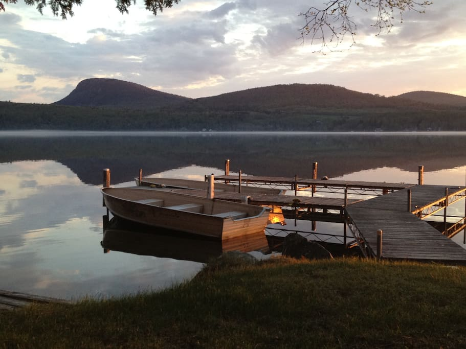 Waterfront cottage at lake willoughby cottage in affitto for Lake willoughby cabins