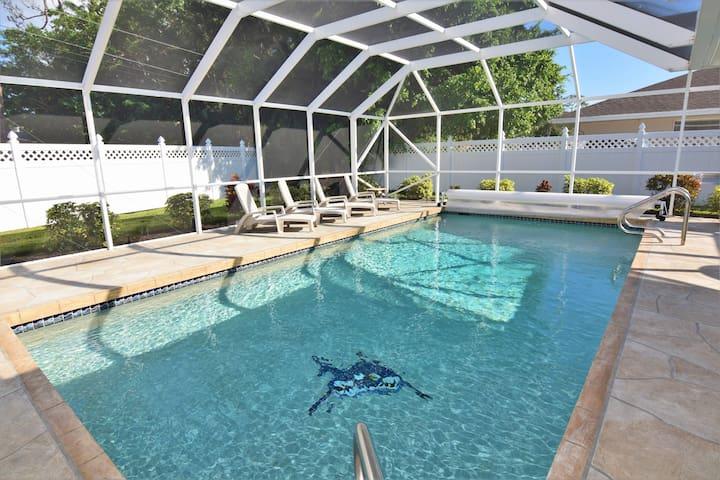 NEW! 3bd/2bth House Heated  Pool near Siesta Beach