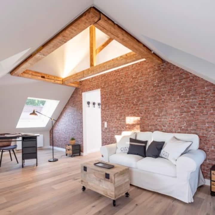 Dachgeschoss Wohnung mit Stil in Stuttgart