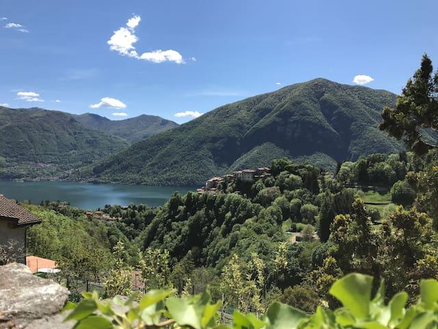 """""""Le Tre Sorelle"""" Lovely house on Lake Lugano"""