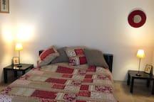 Tables de chevet assorties au lit