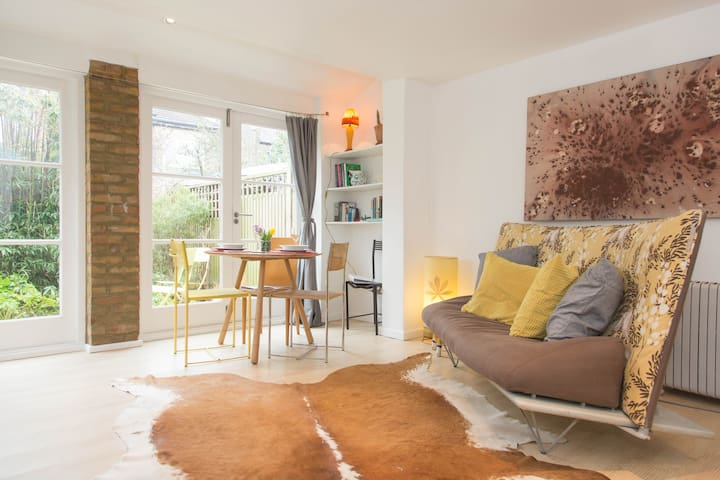 Charming Coach House , East London - London - Wohnung