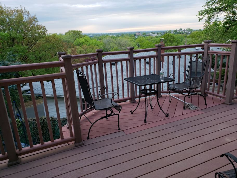 The deck perfect for relaxing watching  a sunset
