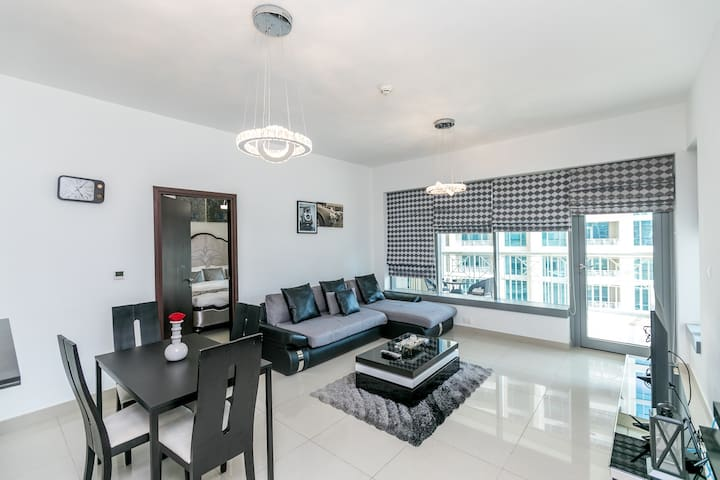 1 Bed, 29 Blvd Downtown, 7 Mins Walk To Dubai Mall