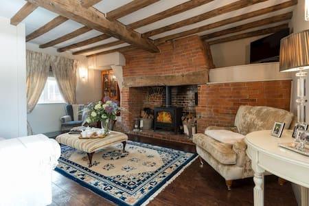 Beautiful New Forest Cottage, Elmhurst - Whiteparish - Σπίτι