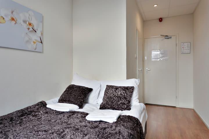 Hotel Room Zeist Centre, Near Utrecht