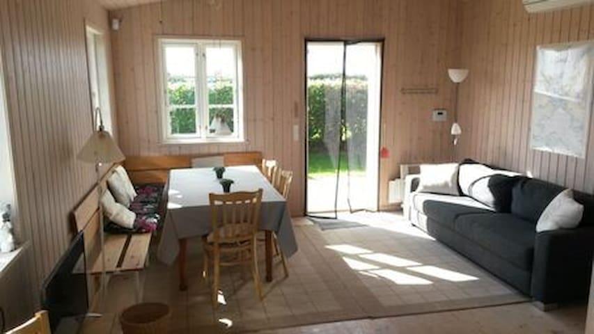 spisehjørne med sofa/sovesofa