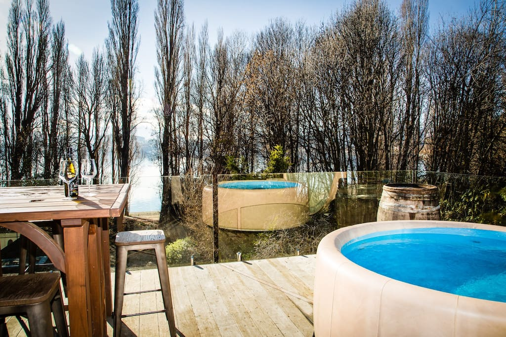 Winter view of the lake from the top balcony or the spa pool/jacuzzi.