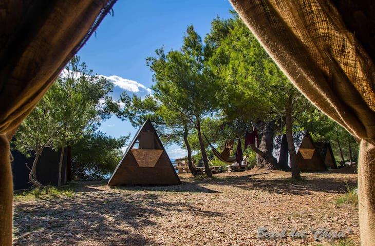 Beach Hut Chipie (Garden view) + Free shuttle