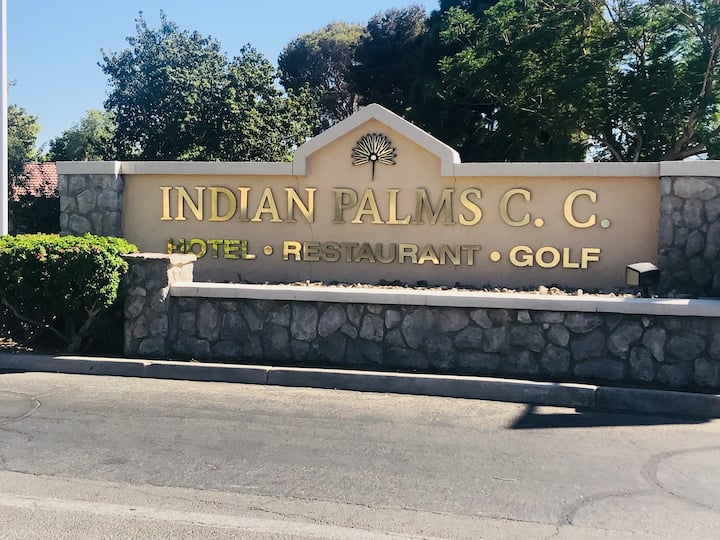 Indian Palms C C walking distance to Coachella
