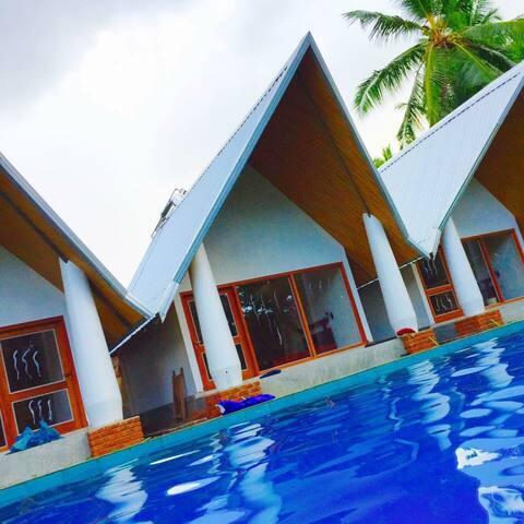 Airport Resort