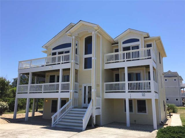 #OS11: Completely Renovated, Partial OCEANVIEW w/PrivatePool & HotTub & RecRm