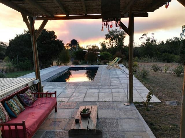 Rancho Culipran , Hermosa cabaña en los cerros. - Melipilla - Stuga