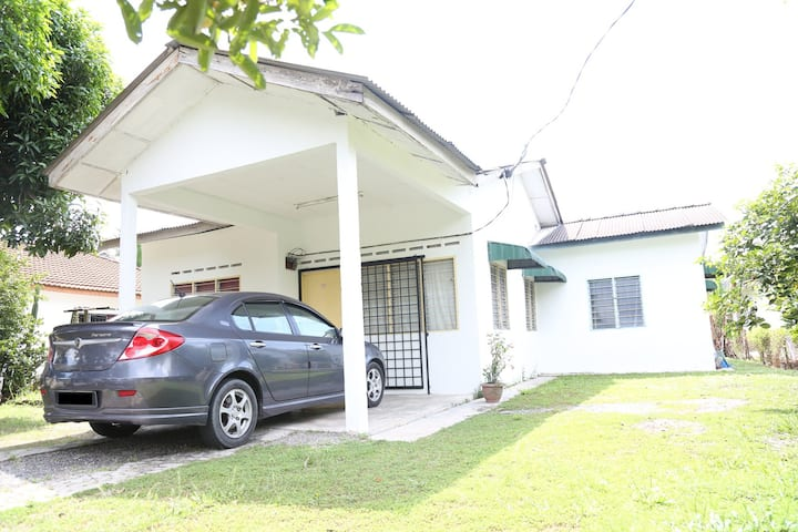 D'Qari Homestay Kuala Kubu Bharu 1