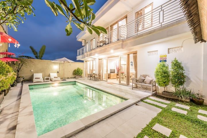 NEW DISCOUNTED RATE 75% off this 3BR CANGGU VILLA