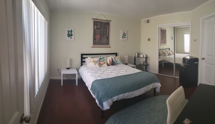 Classic Guest Suite in The Heart of North Park
