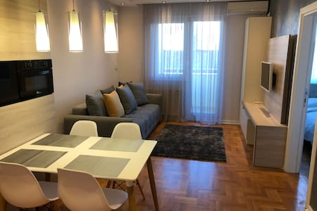 5 stars apartment (+ free garage place)