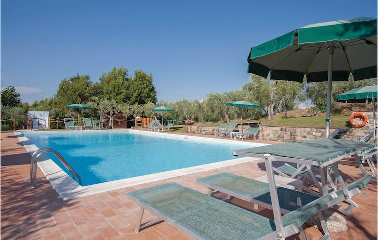 Holiday apartment with 2 bedrooms on 85 m² in Tavarnelle V.P. FI