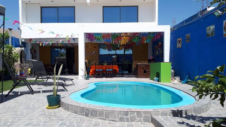 Villa moderna con piscina en el valle de Azapa