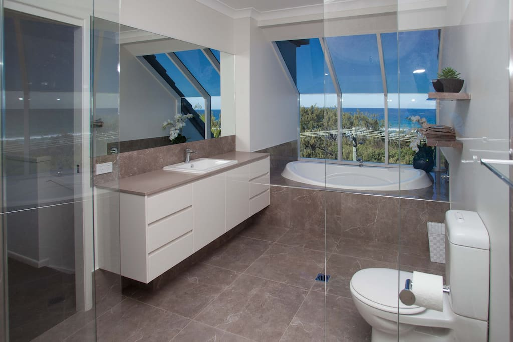 Oceanview Bathroom-Extended version