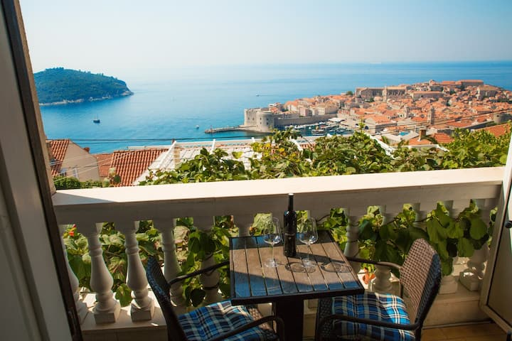 Dubrovnik Old Town & Sea View Room No.2