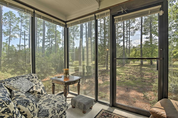 Wind in the Pines' Hoffman Home w/ Fire Pit