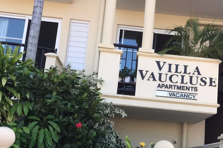 Unit 10, Villa Vaucluse Apartments of Cairns