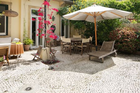 Garden Mansion in Historic Centre 4 by Lisbonne Collection