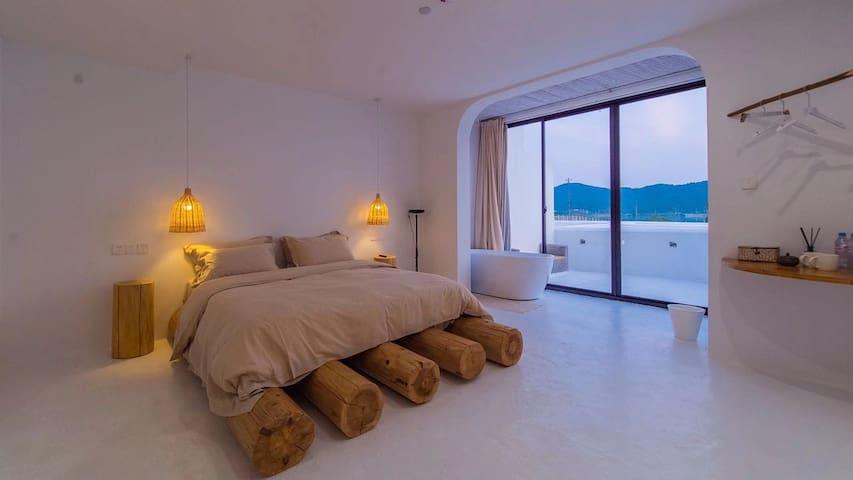 豪华湖景大床房-柒月·北岸