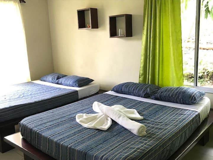 HOTEL COLORES VIVOS DEL ARENAL