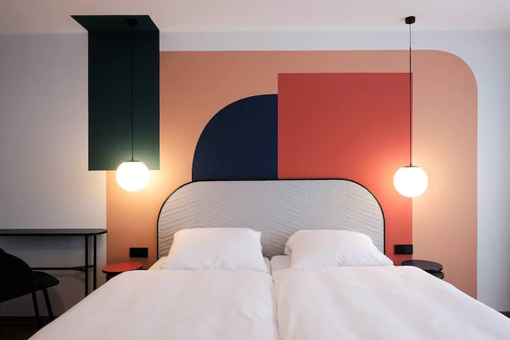 THE DOT 8 - room in Design Pension