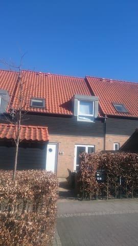 Nice house near Copenhagen - Kokkedal - Huis