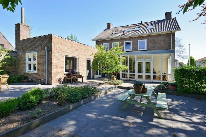 Luxueus vrijstaand woonhuis - Oirschot - Maison